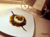 Seppioline in umido con piselli su polenta bianca